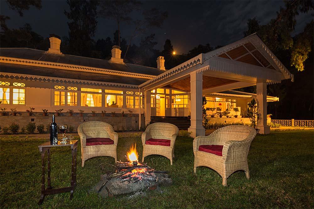 tea estate accommodation india,tea estates in North Bengal, best luxury tea resort in india, tea estates in darjeeling